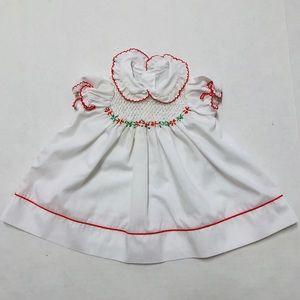 Vintage baby smocked dress Peter Pan collar 3-6 M